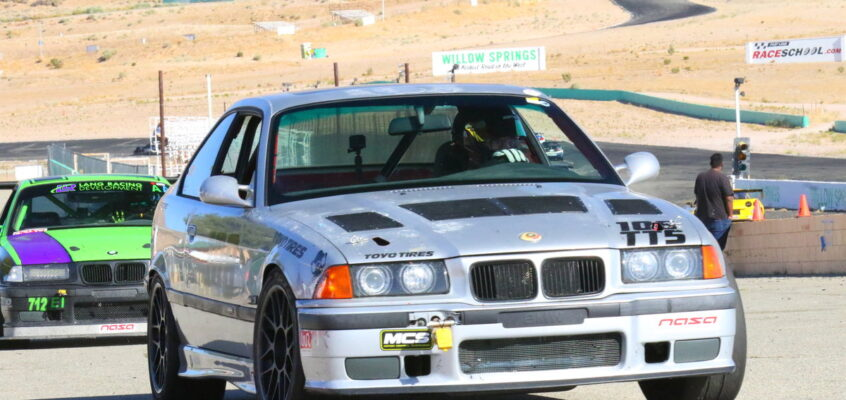 Sin City BMW + SSSQUID Take Two Top sTeps at Willow Springs